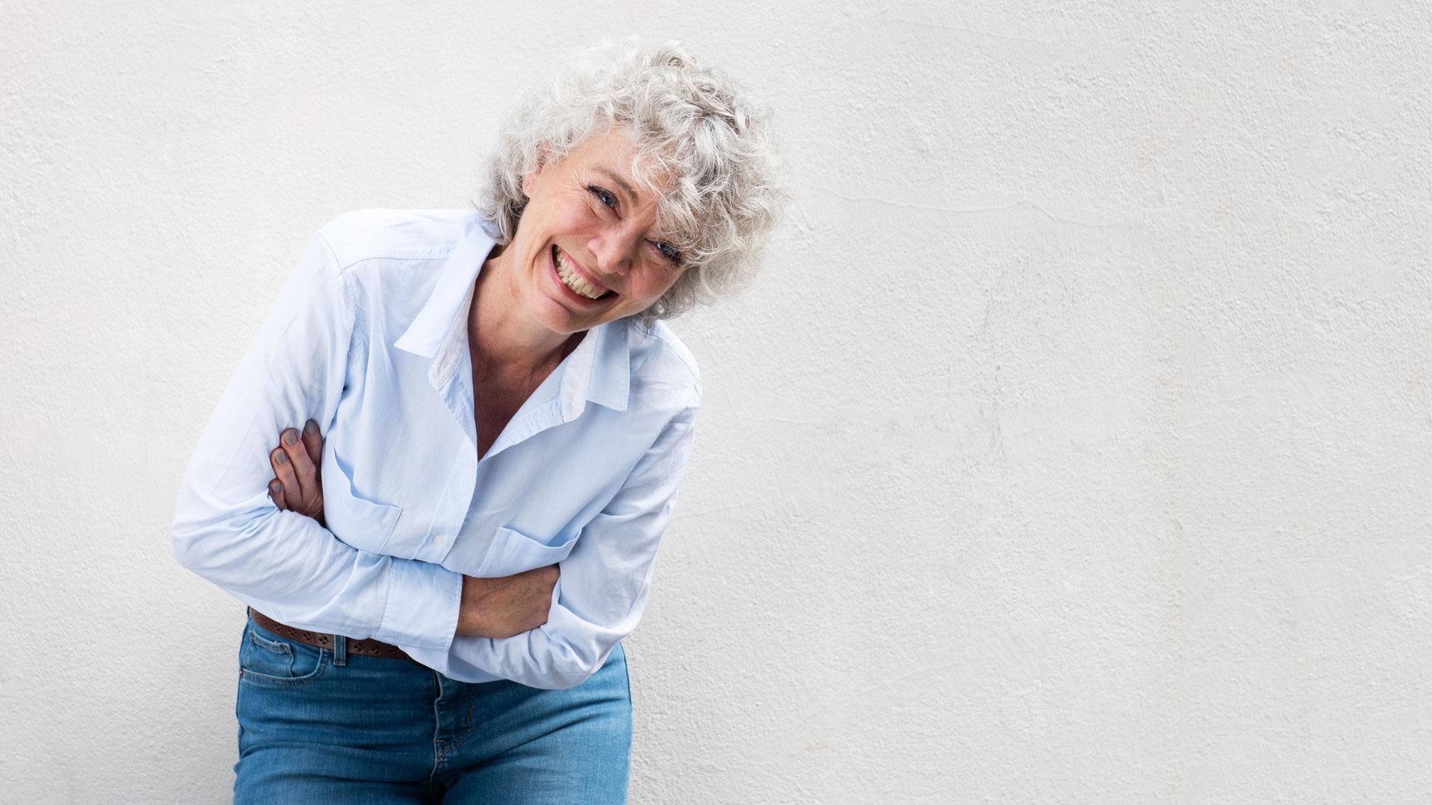 Zahnkrankheiten im Alter – diesem Risiko sind Ihre Zähne ausgesetzt