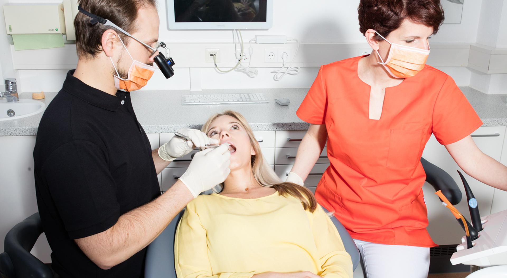Die Zahnarztsprache – so verstehen Sie Ihren Zahnarzt